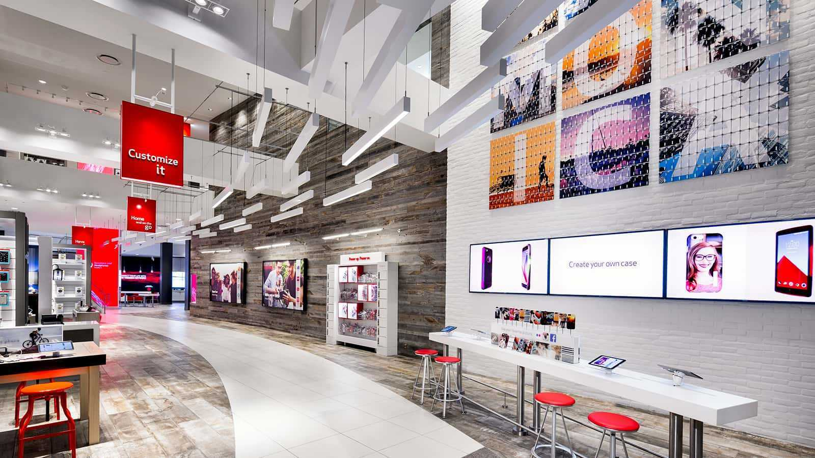 left view of entire verizon store with genius bar to the right