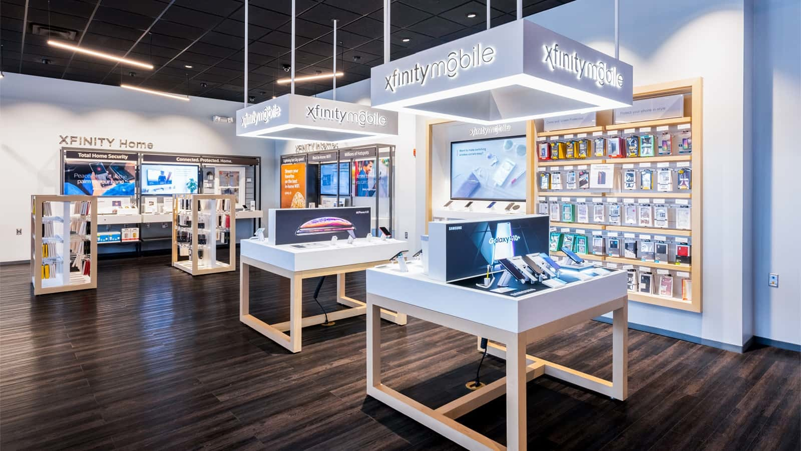 The Samsung Galaxy S10 launched in 312 Xfinity by Comcast stores.