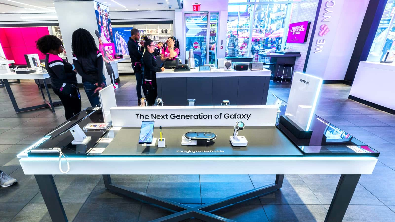 T-Mobile displays the Samsung Galaxy S10 in its six flagship locations.