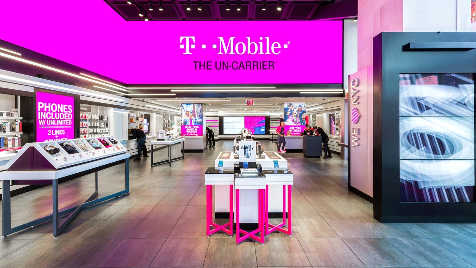 The T-Mobile Samsung Galaxy S10 displays match the look and feel of each store.
