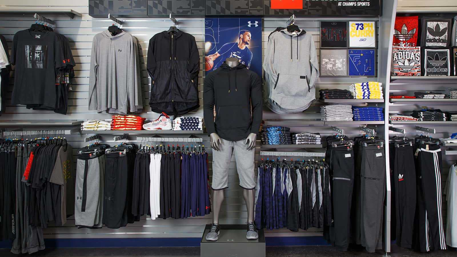 under armour - wholesale overview clothing display